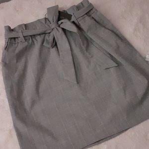 Dynamite Gray Check Skirt NWT